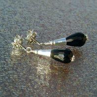 markasiet oorbellen met onyx